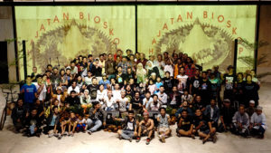 Jatiwangi art Factory (JaF): Die Familie von JaF anlässlich der Eröffnung des Village Video Festival
